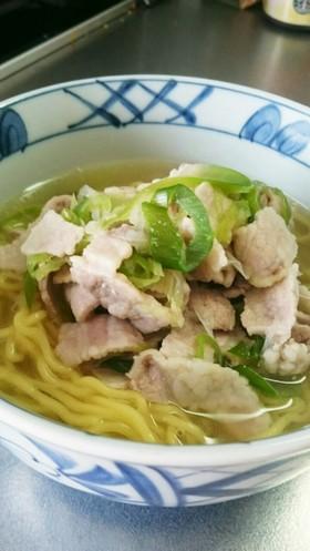 鶏ガラ素 塩ラーメン  簡単 スープ