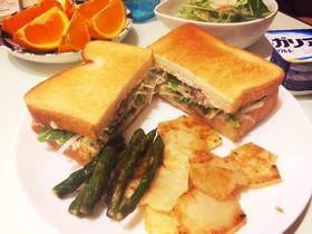 サバ缶と水菜のサンドイッチ☆