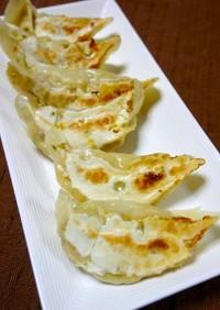 ヘルシー!オイルフリー☆鰤豆腐餃子