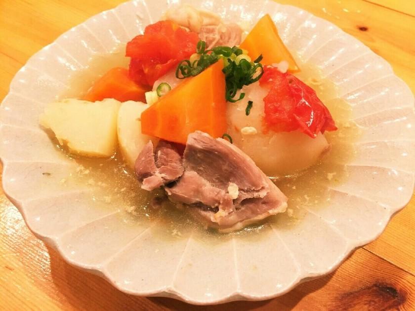 ☆塩麹のやわらか鶏じゃがトマト風味☆
