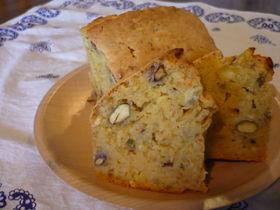 さつまいもとピスタチオのグラハムケーキ