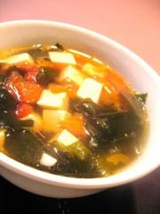 朝の中華スープの写真
