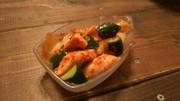 サラダチキンアレンジ2胡瓜と鶏キムチ和えの写真