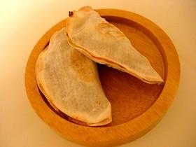 余った餃子の皮で、バナナパイ