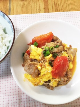 ピリ辛 豚のトマたま炒め