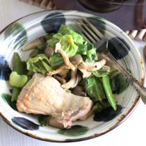 春野菜と鶏もも肉の蒸し煮