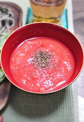 トマト缶の冷製スープ