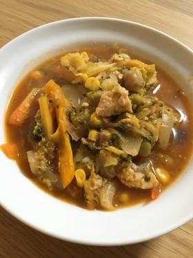 シャケ缶と野菜のケチャップ煮
