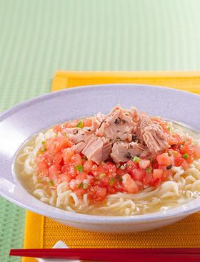 ツナのトマト ドレッシングラーメン