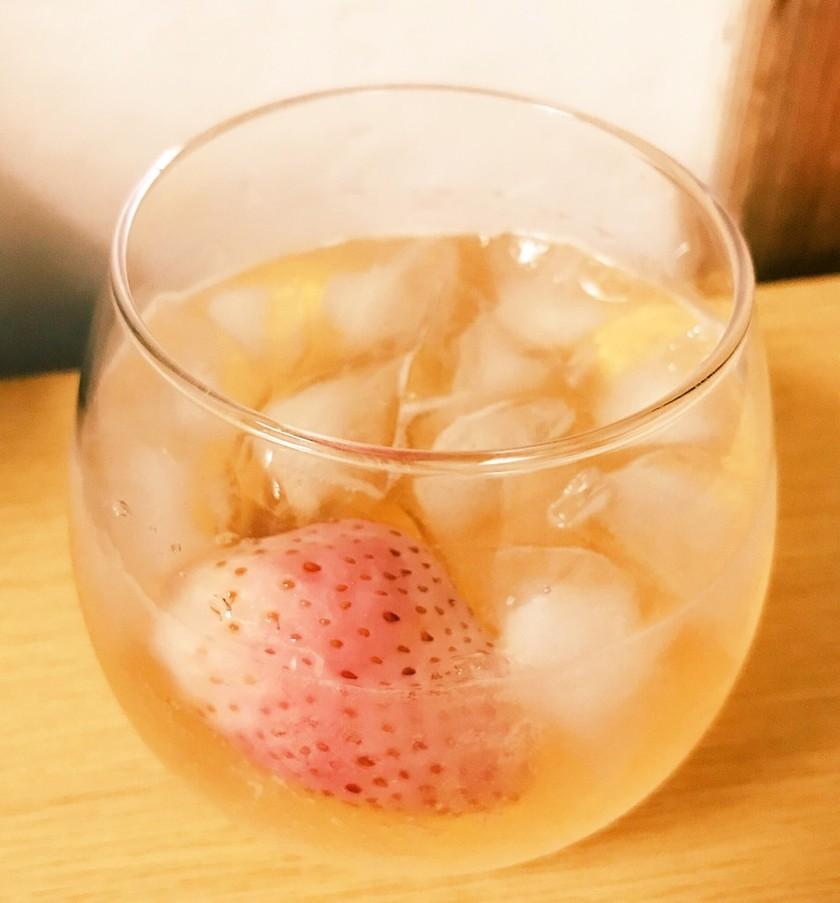 酒が苦手でも楽しめる簡単いちごウィスキー