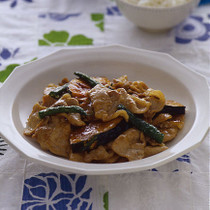豚肉と夏野菜のオイスターソース炒め