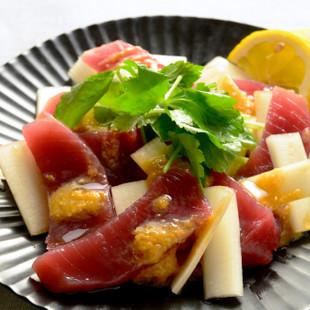 ウドと刺し身の柚子こしょう酢味噌