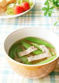 スナップエンドウと(新)玉ねぎのスープ
