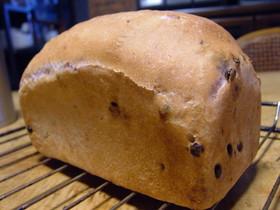 紫芋の食パン・・・イーストのパン