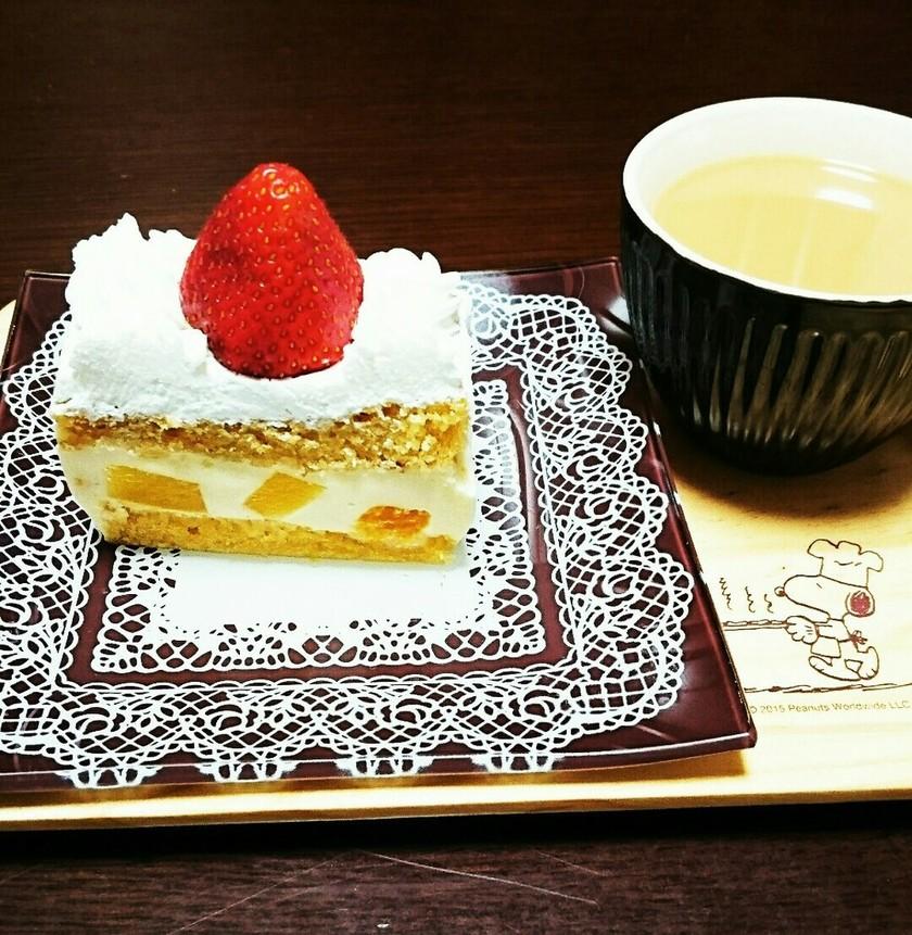 フルーツごろごろレアチーズショートケーキ