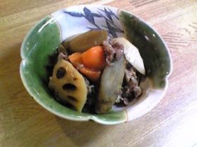 牛肉と根菜の煮物