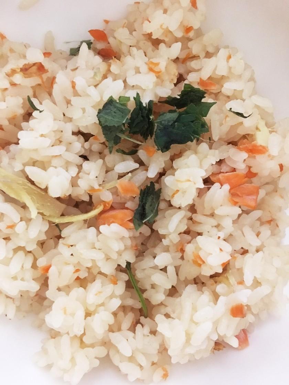鮭と生姜の炊き込みご飯