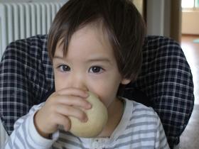 息子の朝食。ばななパン