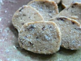 砂糖、卵なし。ほんのり甘いあずきクッキー