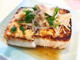 榎あんかけソースの豆腐ステーキ