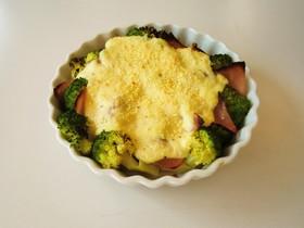 ブロッコリーの豆腐グラタン