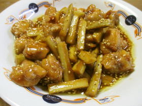 鶏もも肉とごぼうの炒め煮