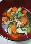 飾り切りで牡蠣油の煮込みスープ