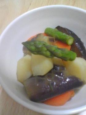 茄子とじゃがいもの煮物