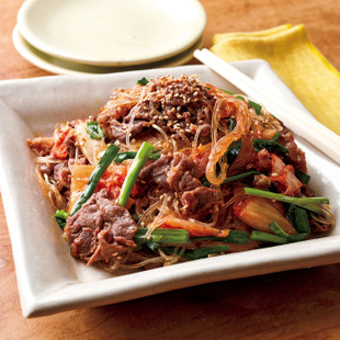 「味つけ冷凍肉」で牛肉のキムチチャプチェ