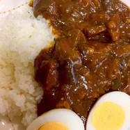 簡単な油不使用のラム肉と茄子カレーライス