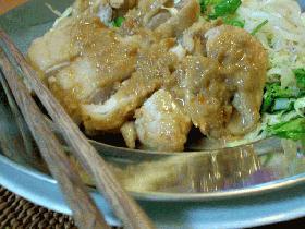 本格タイ料理の味!チキン
