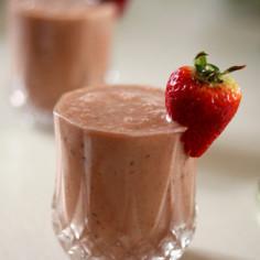 Berry Yogurt Frappe