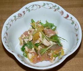 鶏ささみと水菜、たくあんのピリ辛和え