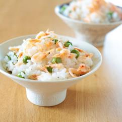 えんどう豆と桜海老の炊き込み御飯