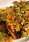 鶏肉ピカタの彩り野菜ソースがけ