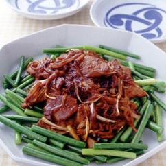 にんにくの茎と豚レバーの中華炒め