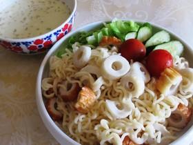 サッポロ一番でココナッツミルクつけ麺