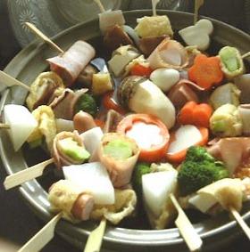 パーティーに串鍋:おせちの残りも*
