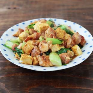鶏肉と豆腐のカレーオイスターソース炒め