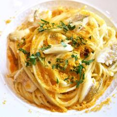 スパゲッティーニ キスとカラスミのペペロンチーノ