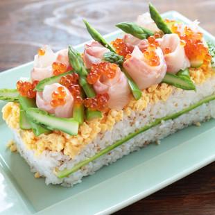 アスパラガスと鯛の華やかちらし寿司