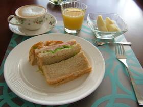 朝食☆コーンビーフポテトサンド