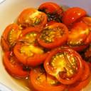 刻み昆布とミディトマトの酢の物