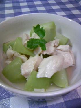 ハヤトウリと鶏ささ身の貝柱煮