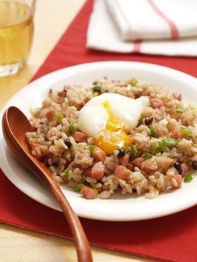とろ~り卵の和風ソーセージ雑穀炒飯