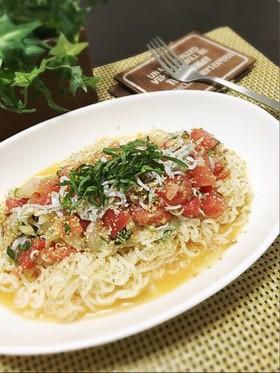 しらすとトマトの袋麺カッペリーニ風