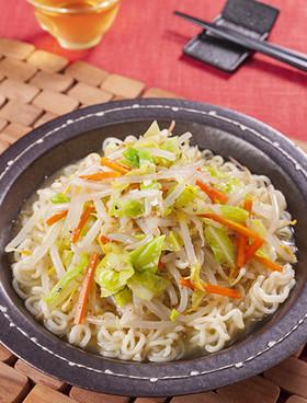 野菜のナムルラーメン