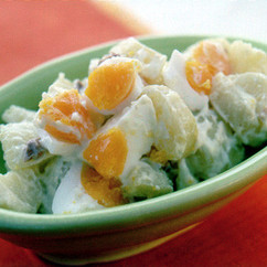 ポテトと卵のアンチョビーマヨネーズ