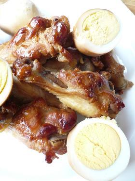 鶏手羽元と卵のさっぱり煮。