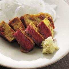 牛肉の黄身たたき